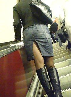 Nude escalator upskirt