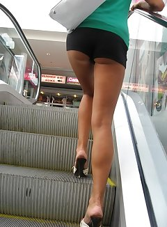 Nude escalator upskirt